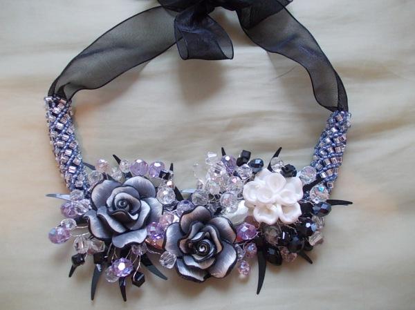 Picture-colier flori roz 134