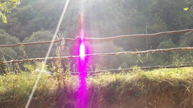 Tetraedru de lumina - raza violet-1